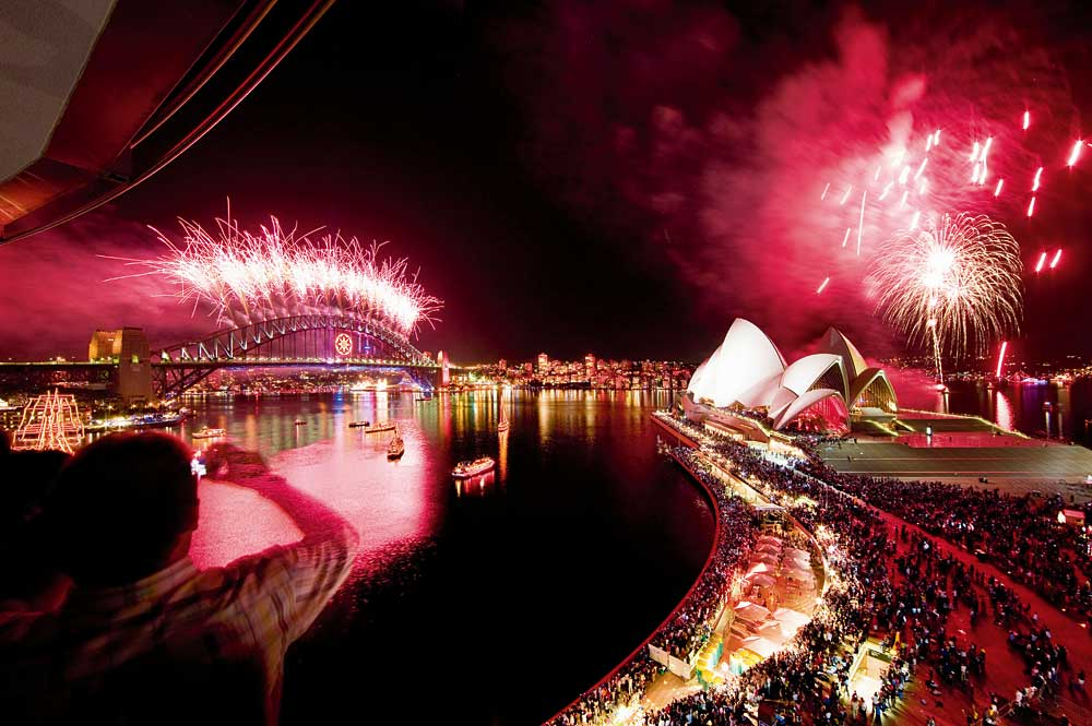 new-years-eve-fireworks-sydney-harbour